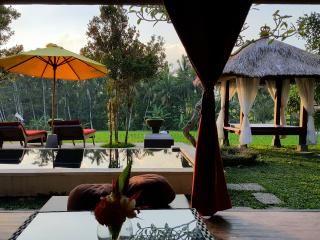 Ubud villa with 2 bedrooms | FlipKey bali