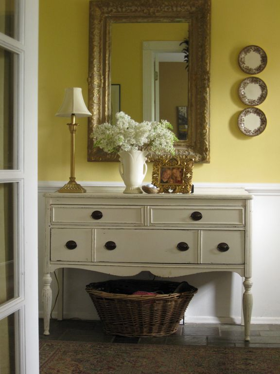 17 best images about foyer decor ideas on pinterest foyer tables foyers and hallways. Black Bedroom Furniture Sets. Home Design Ideas