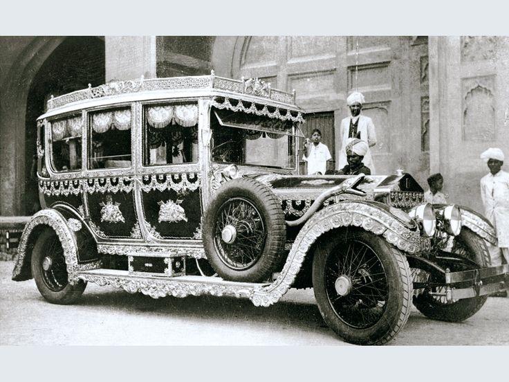 Eclectic Ephemera: Vintage Rolls-Royces honour Spirit of Ecstasy