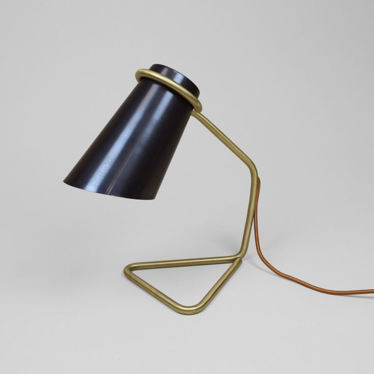 Strand Lamp Small (Lead Finish)