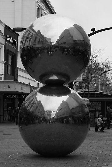 Rundle Mall Balls in Black and White #RundleMall, #MallsBalls, #adelaide, #Chrome, #Sculpture