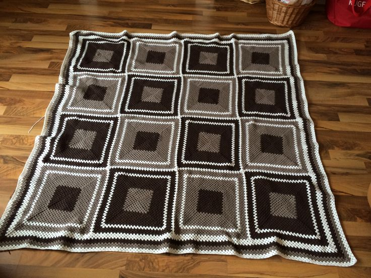 Granny square blanket for Kate