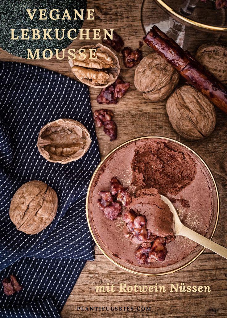 Diese vegane und glutenfreie Lebkuchen Mousse aus Aquafaba ist das perfekte Dessert für dein Weihnachtsdinner! Cremig, schokoladig, einfach lecker! #vegan #weihnachten #xmas #schokolade #veggie