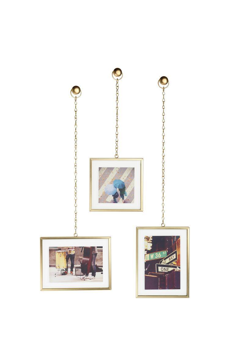 Trio de cadre suspendus sur chaines