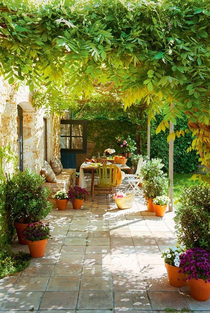 adelaparvu.com hambar transformat intr-o casa rustica, terasa acoperita cu glicina, arhitect Lluis Auquer, Foto ElMueble (3)