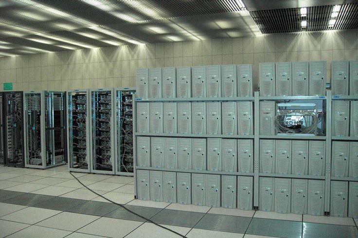 😍😍«В топку»: нидерландский стартап хочет использовать серверы для отопления🙏 ✔Сейчас большинство компаний просто отводит тепло от дата-центров, но нидерландские стартаперы решили, что оно может приносить пользу обычным гражданам. ✔Как правило, для компаний тепло, производимое серверами, становится проблемой. Чтобы ее решить, они располагают дата-центры в районах с низкой температурой воздуха. Благодаря этому удается экономить на охлаждении. А компания Microsoft даже заявила, что ради…