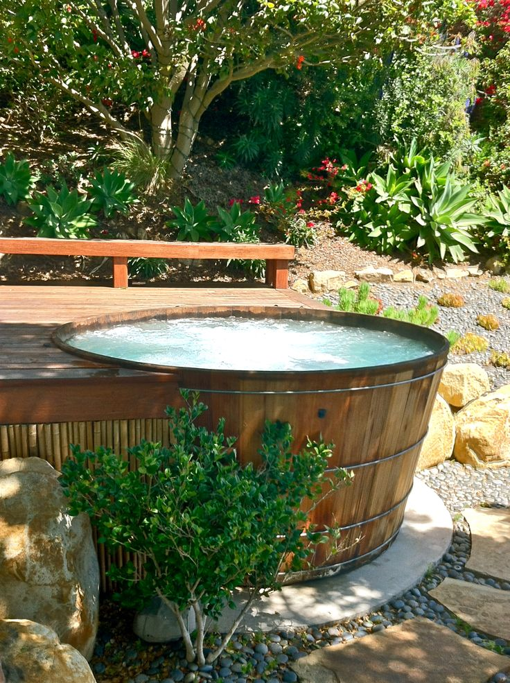 54 best images about soaking pool or hot tub on pinterest for Garden pool from bathtub