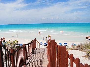 Playa Cayo Santa Maria - Cayo Santa Maria Hotels - Sunwing Vacations