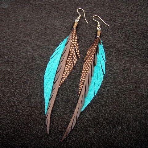Pendientes de la pluma de cuero - bronce brillante, marrón y turquesa