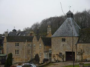 Heart of England Way in the Cotswolds: Donnington Brewery