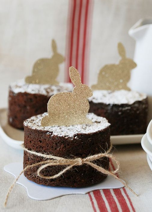 easter bunny cakes from the pretty blog