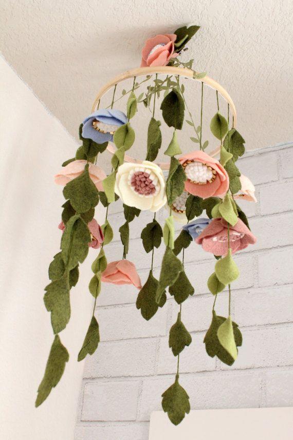 Baby Mädchen Mobile Blumen Kindergarten Krippe Decor THE ELEANOR Wolle …