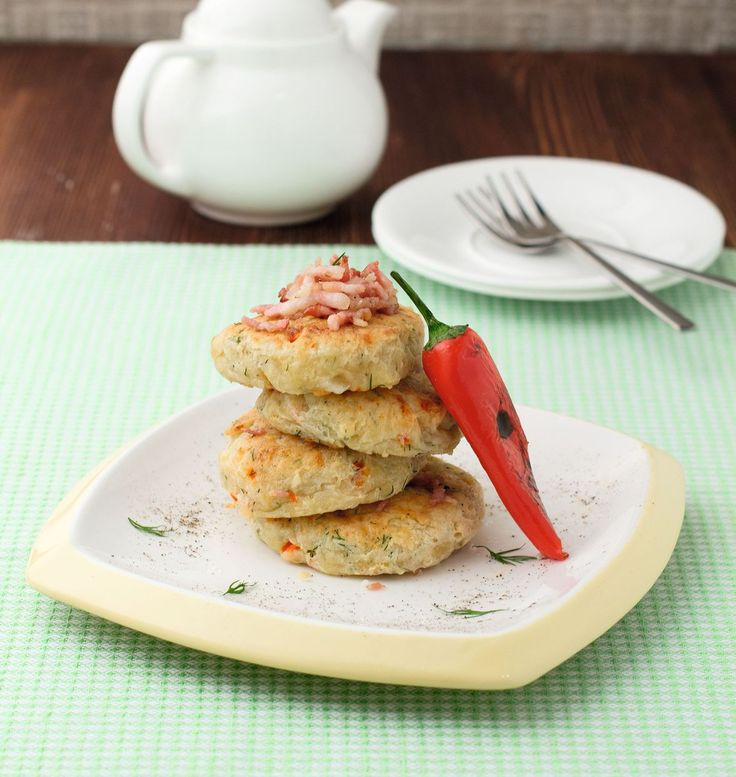 Spicy Cheese Cakes with Feta Cheese and Bacon