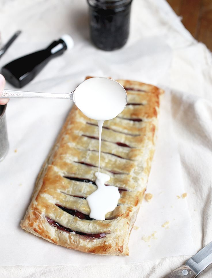 Blueberry Cream Cheese Pastry @themerrythought