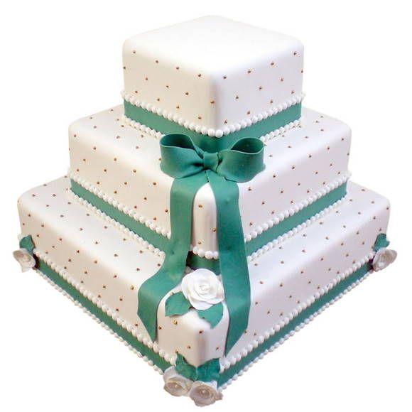 bolo quadrado 3 andares com laço e fita, as cores podem ser alteradas conforme sua decoração R$ 245,90