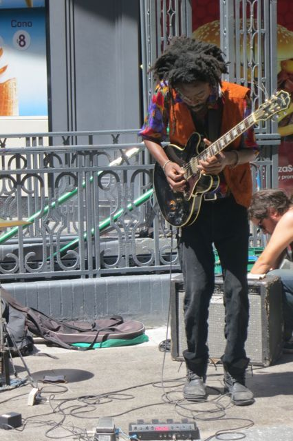 Jammin on Ave Florida in Buenos Aires