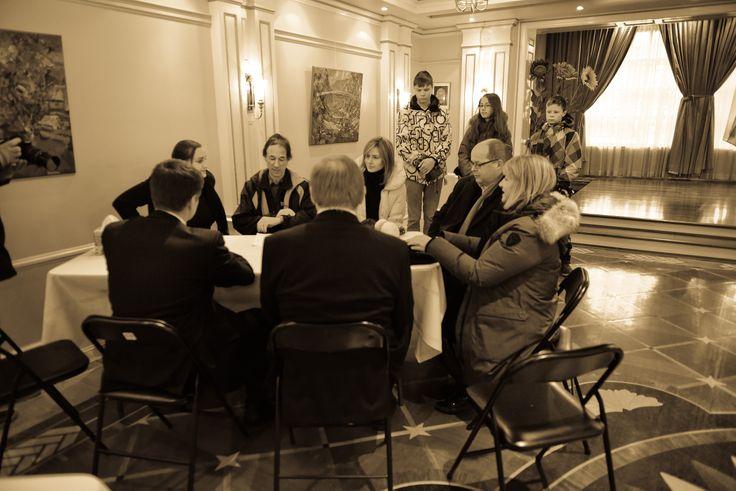 Conversation.  Ottawa Euromaidan.  November 24, 2013.  Somerset Street.  Ottawa.Canada.