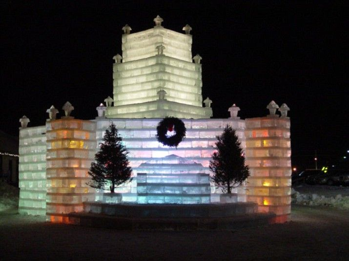 Eagle River, Wisconsin, US - Every December, volunteers from the city of Eagle River put in more than 700 'man hours' to cut nearly 3000 ice blocks from a local lake, drag them to the city and create an enormous ice palace.