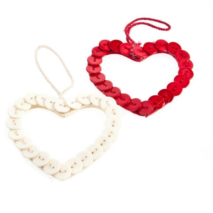 gisela-graham-christmas-set-of-2-button-heart-hanging-decorations-p181-171_zoom.jpg (1000×1000)