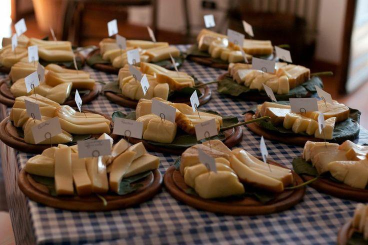 taglieri-di-formaggi-misti.jpg (1024×682)