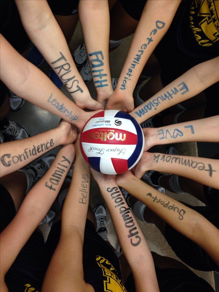 Volleyball teammates..this would be cool for basketball @K!n$e¥ WE HAVE TO DO THIS FOR BASKETBALL