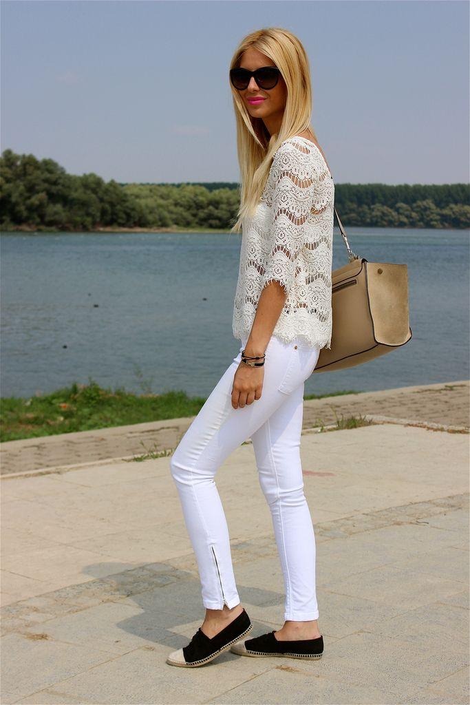 White skinny jeans & espadrilles