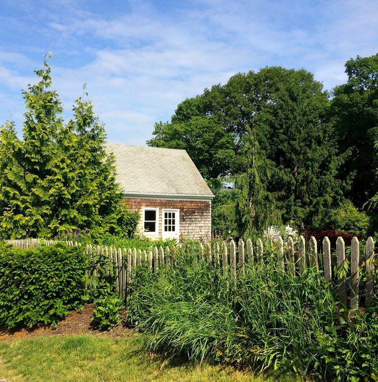 17 best images about rhode island on pinterest bristol for Block island cottage