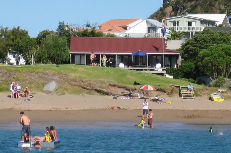 Bay of Islands Beachfront - Tapeka del Mar in Tapeka Point (Russell), Russell | Bookabach