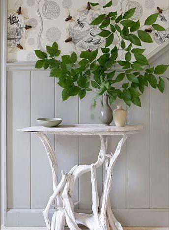Manchmal brauchen wir nicht weit zu suchen, um schöne Materialien zu finden, woraus man etwas Schönes basteln kann. Die Natur ist der größte Lieferant von kostenlosen Materialien um hübsche Sachen zu kreieren. Mit Ästen und Zweigen aus dem Wald ka...