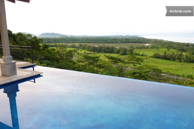 Private Getaway w Endless Views in Orotina