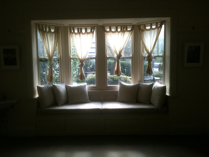 More sun...my master suite...beautiful view over the garden...bliss!