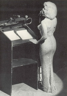 """May 19,1962 – Birthday celebration for U.S. President John F. Kennedy at New York City's Madison Square Garden. Marilyn Monroe performing her infamous rendition of """"Happy Birthday to You."""" Dat body, tho!!"""