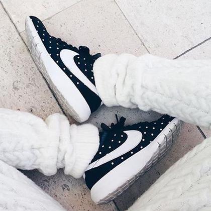 H fashionista με τα περισσότερα sneakers | μοδα , news & super trends | ELLE