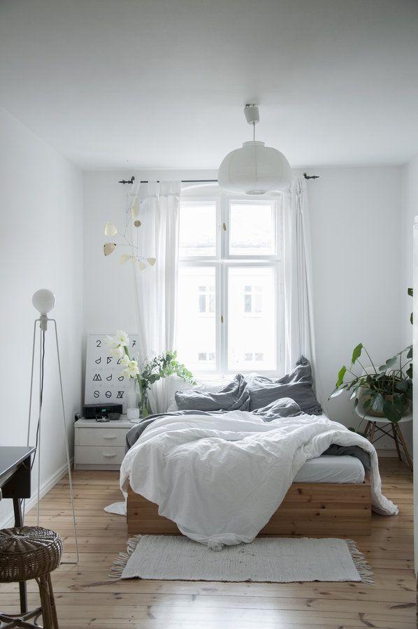 Bett Fenster ~ Interior Design und Möbel Ideen