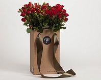 роза кустовая, поставляется в комплекте с вазой.