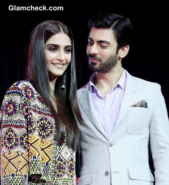 <3  <3 .. don't they look super cute  Sonam Kapoor and Fawad Khan during the mascot launch of Sangam