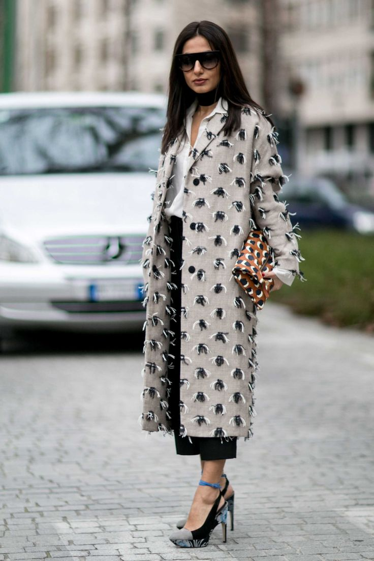 #street #fashion #snap from Milan Fashion Week. Photo: Imaxtree.