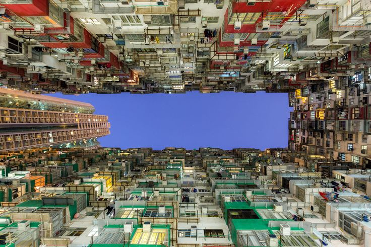 SkyscraperScaling Photographers Take On Hong Kong Skyscrapers - Daredevil duo climb hong kongs buildings capture like youve never seen