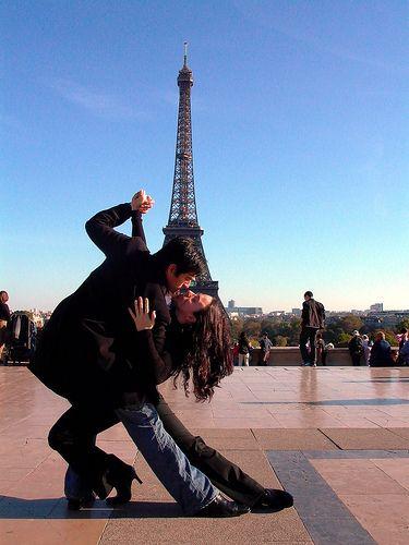 Tango y Torre Eiffel
