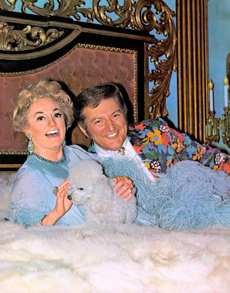 Can it be true!!!…the lovely PHYLLIS DILLER in bed with debonair 'bachelor' LIBERACE? And how many facelifts between them you ask? Well 60's TV was pretty camp…THE LIBERACE SHOW TV TIMES (Australia) (follow minkshmink on pinterest)