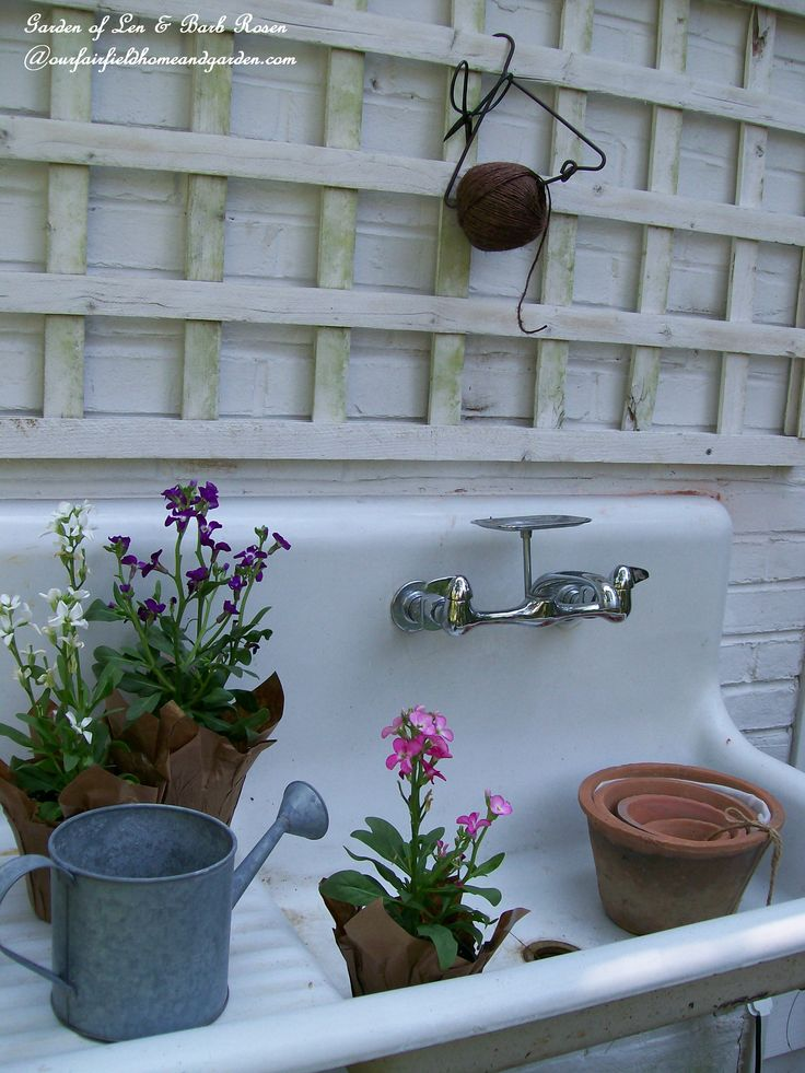 106 best images about cast iron sinks on pinterest vintage kitchen vintage sink and oil - Kitchen sink in french ...