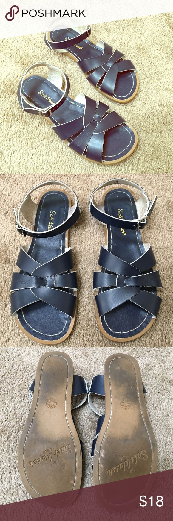 Good condition, Navy, Saltwater Sandals by Hoy. Good condition, Navy, Saltwater Sandals by Hoy. Salt Water Sandals by Hoy Shoes Sandals