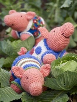 Crocheted Funky Pigs Pattern