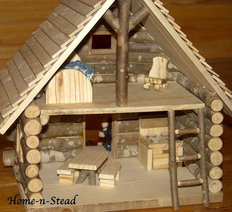 Cabin Dollhouse Includes Furniture Dolls por FunnyFarmToyBarn