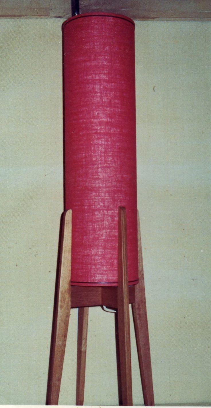 1975 || Wooden Rocket Lamp