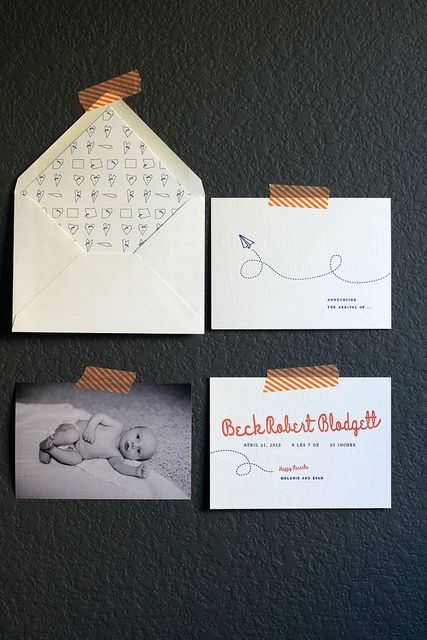 beck's baby announcement: Beck Births, Births Announcements, Envelopes Liner, Baby Announcements, Beck Announcements, Adorable Births, Paper Planes, Announcements Cards, Beck Baby