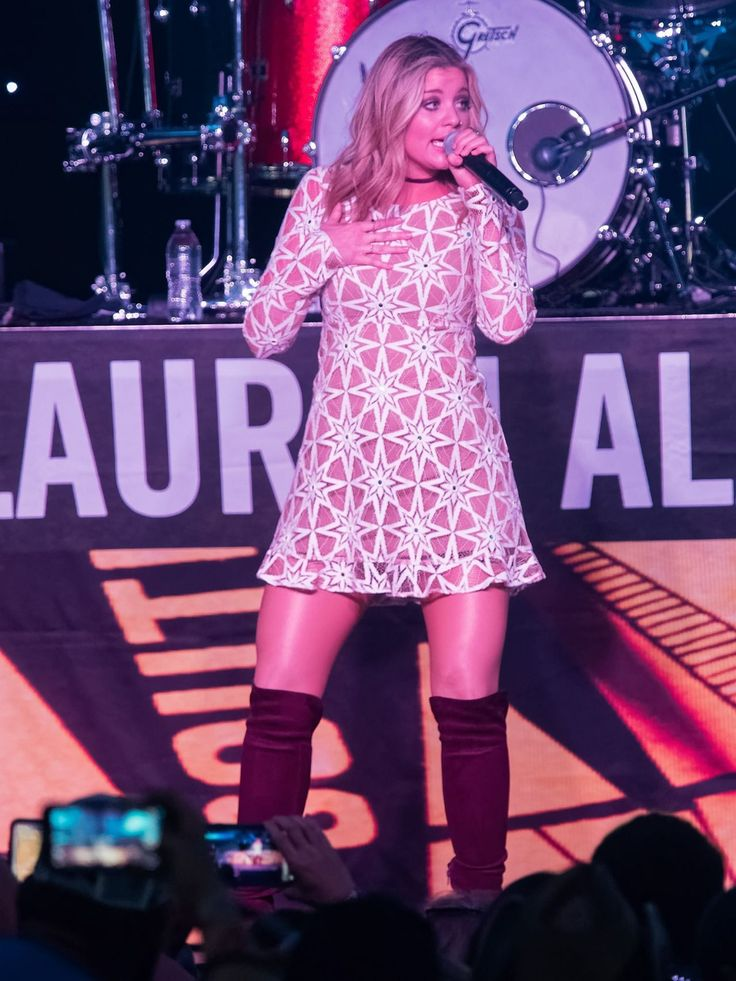 Lauren Alaina  #LaurenAlaina Runaway Country Music Fest in Kissimmee FL 19/03/2017 Celebstills Lauren Alaina