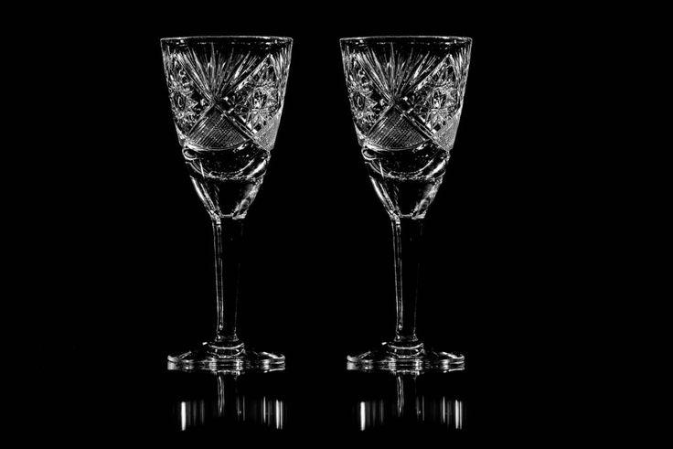 Så rengör du grumliga kristallglas med ättika