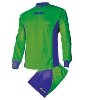 Zöld-Kék Zeus Dedalo Focimez Szett rövid ujjú mezzé alakítható, kényelmes, kopásálló, könnyen száradó, klasszikus focimez szett. Tartós, V nyakú, méretei miatt, az utánpótlás számára is, rendkívül remek választás a Dedalo focimez. Zöld-Kék Zeus Dedalo Focimez Szett 6 méretben és további 9 színkombinációban érhető el. - See more at: http://istenisport.hu/termek/zold-kek-zeus-dedalo-focimez-szett/#sthash.5K8juOeW.dpuf