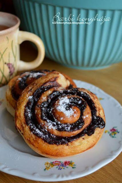 Barbi konyhája: Kakaós csiga sokadszor, de most hűtőben kelt és kora reggel sült ♥
